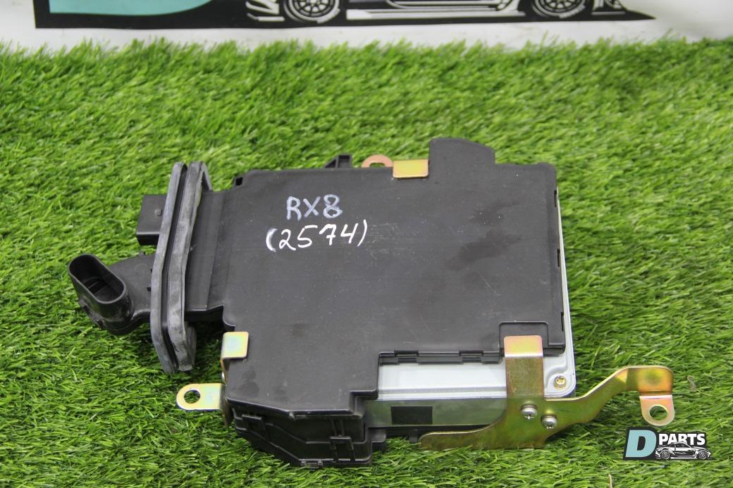 Блок управления двс Mazda Rx8 SE3P-121009 13B 2004