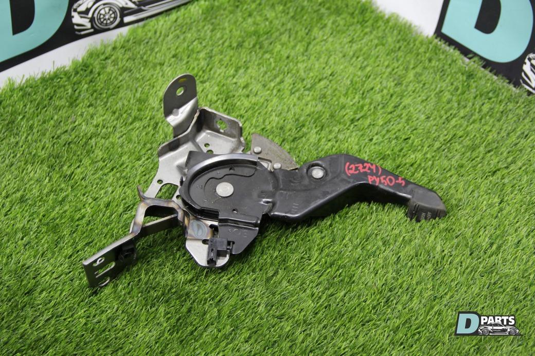 Педаль стояночного тормоза Nissan Fuga PY50-217010 VQ35DE 2003