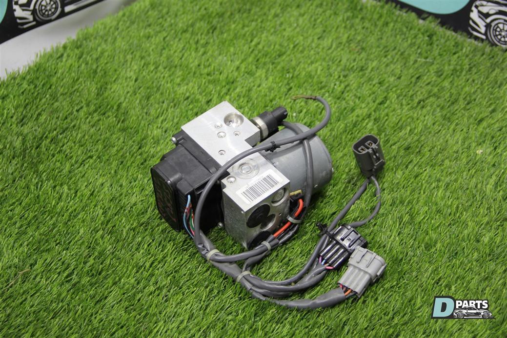 Блок abs Nissan Skyline CPV35-506851 VQ35DE 2003