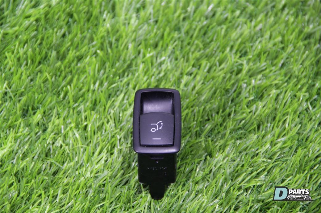 Кнопка открывания багажника Mercedes-Benz Gl-Class X164 M273