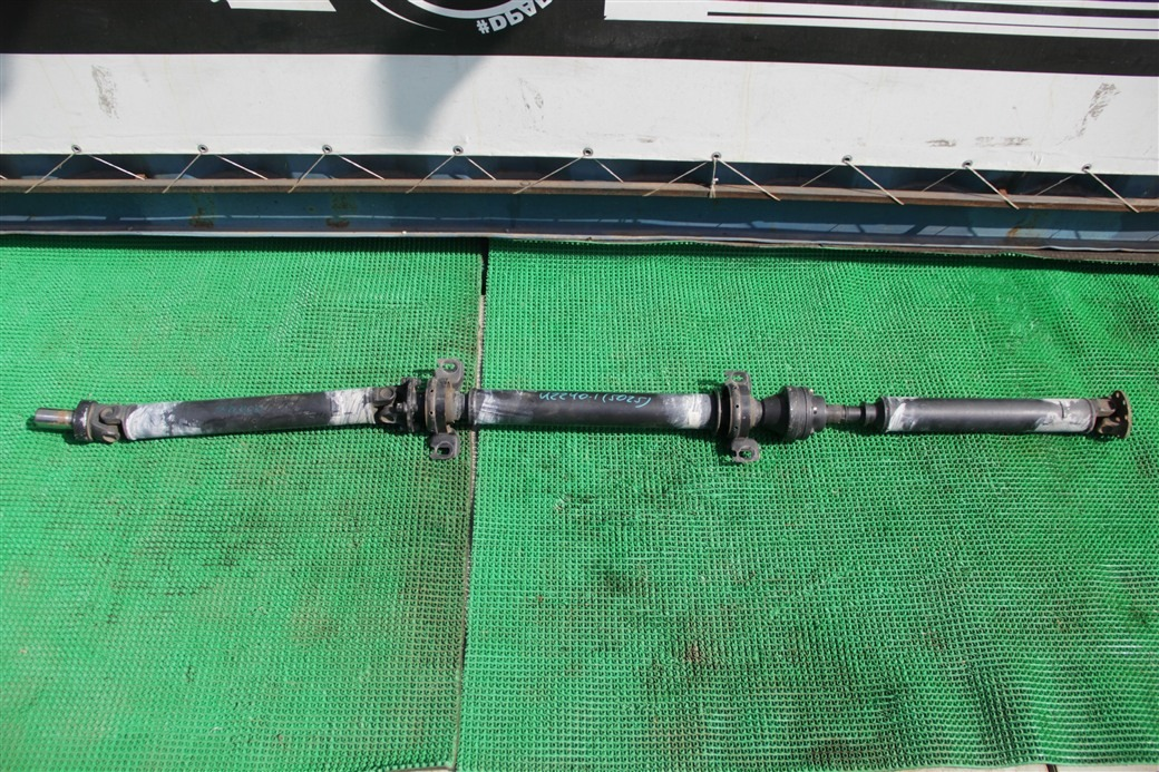 Карданный вал Toyota Soarer UZZ40-0008916 3UZ-FE 2001
