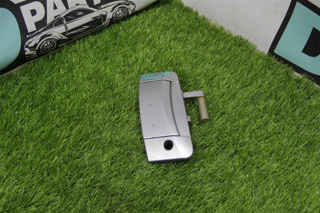 Ручка двери Nissan Fairlady `Z33 правая