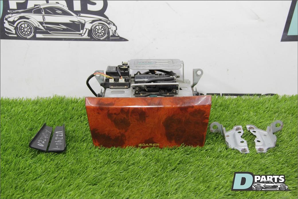 Рамка магнитофона Toyota Soarer UZZ40-0008916 3UZ-FE 2001