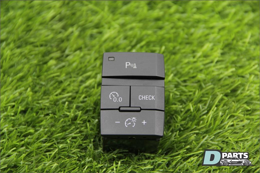 Кнопка Audi Q7 4L BAR 4.2