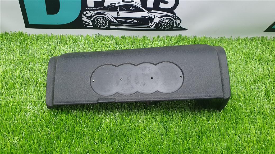 Крышка двс декоративная Audi Q7 4L BAR 4.2