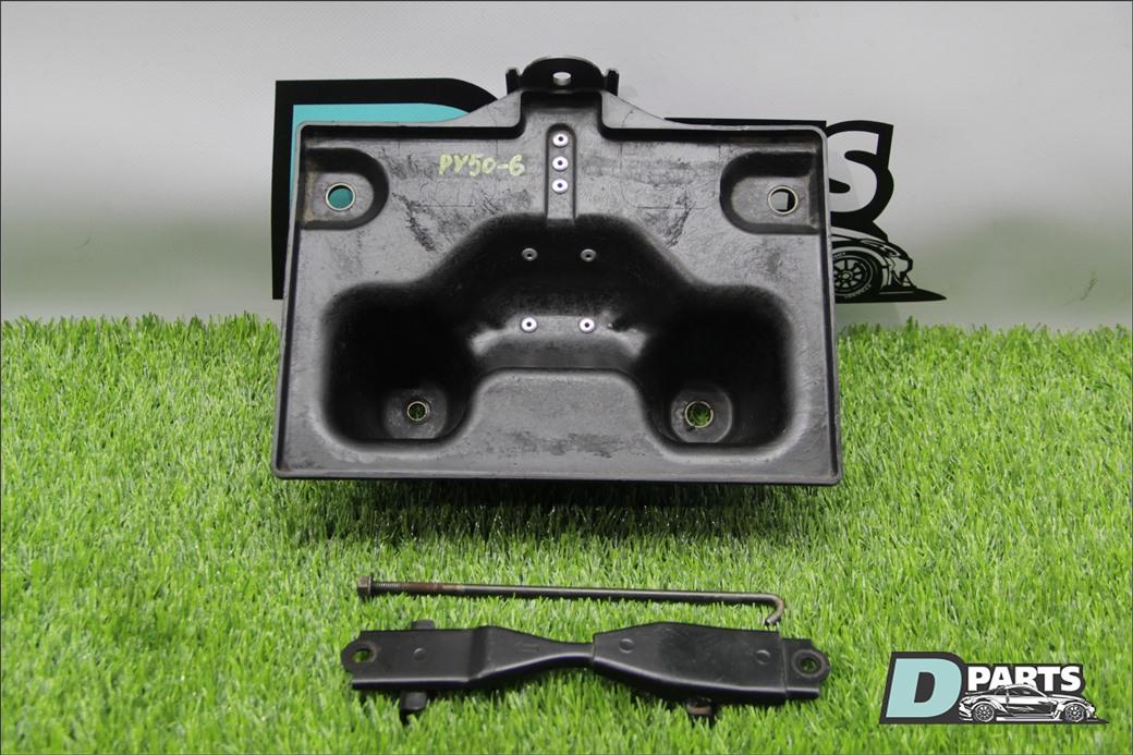 Крепление аккумулятора Nissan Fuga PY50-219244 VQ35DE