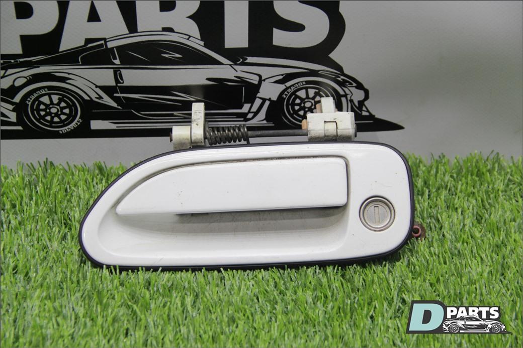 Ручка двери Nissan Skyline R33 левая