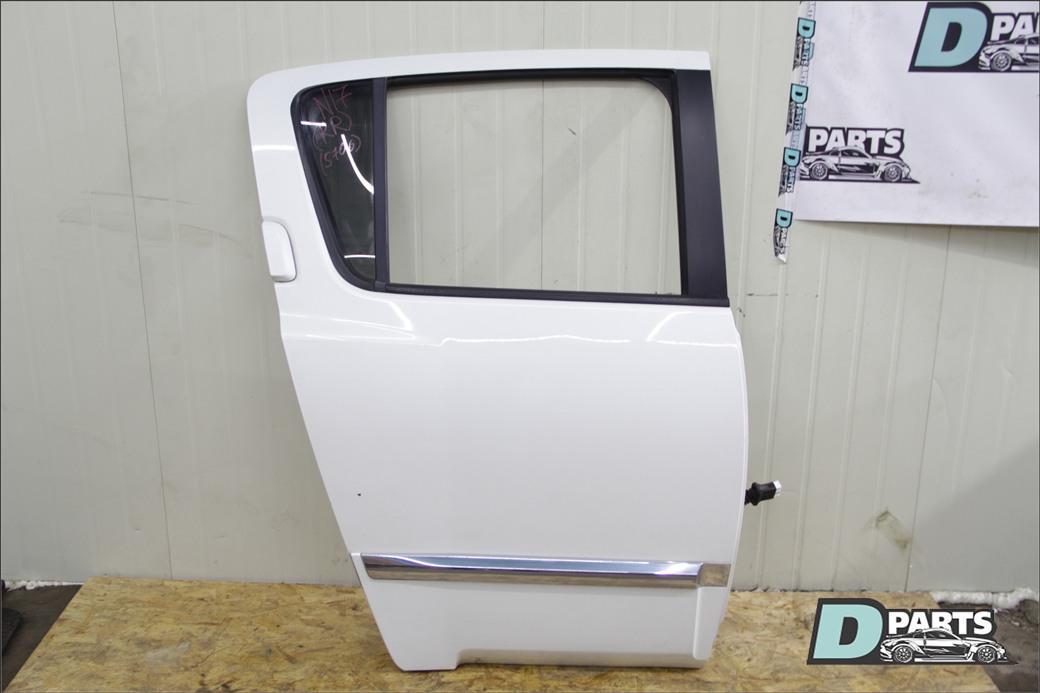 Дверь Infiniti Qx56 JA60 VK56DE 2004 задняя правая