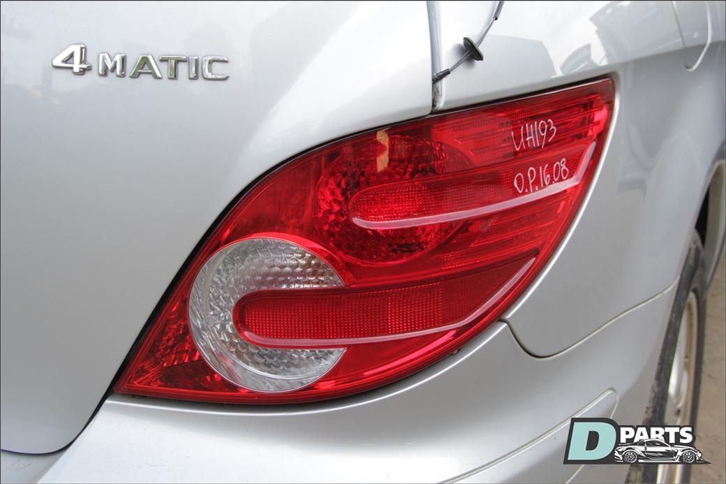 Стоп-сигнал Mercedes-Benz R-Class W251 M272 2006 правый