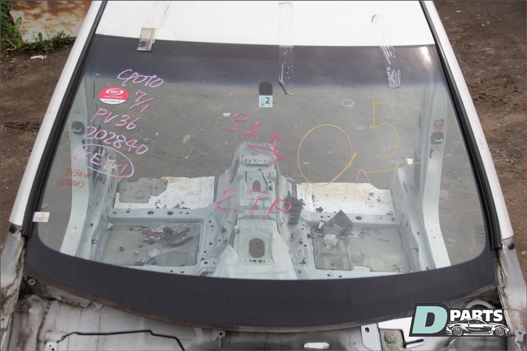 Стекло лобовое Nissan Skyline PV36 VQ35HR 2007