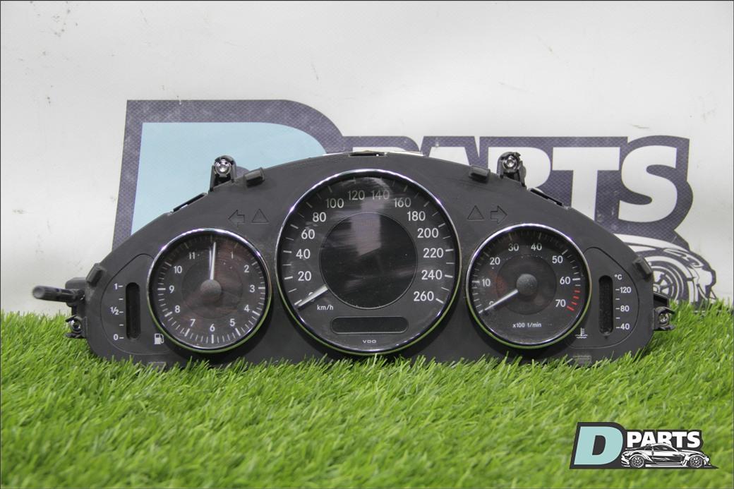 Спидометр Mercedes-Benz Cls-Class W219 M272E35 2007