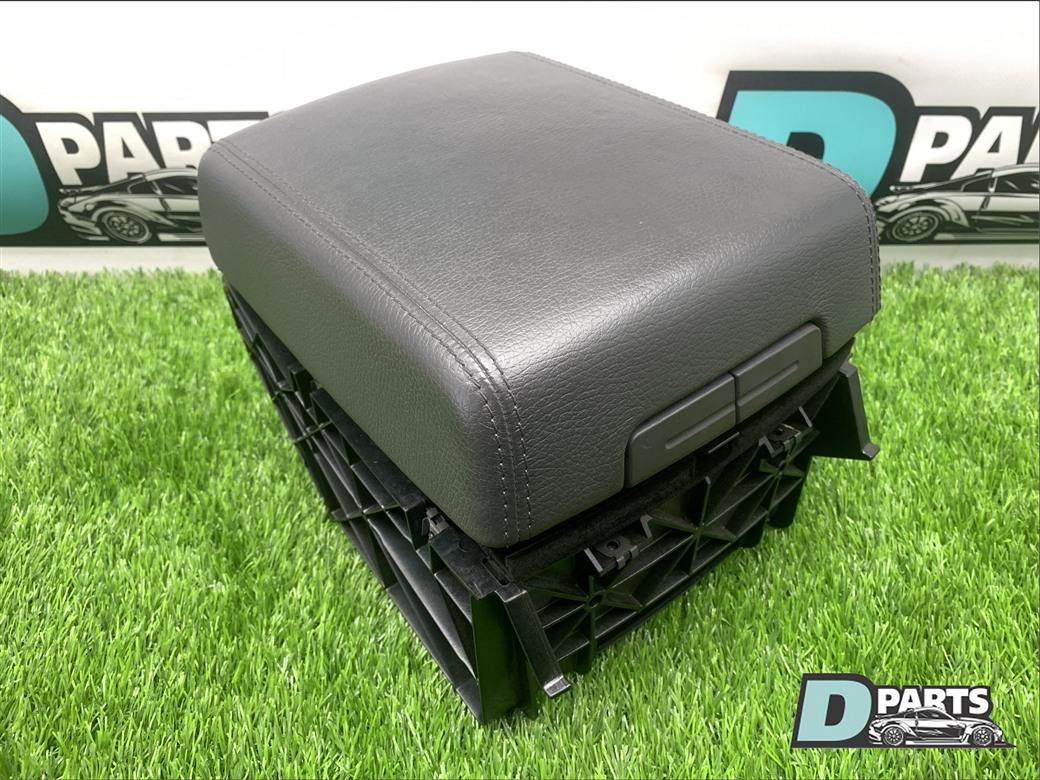 Крышка подлокотника Volkswagen Touareg 7L BAR 4 2 2008