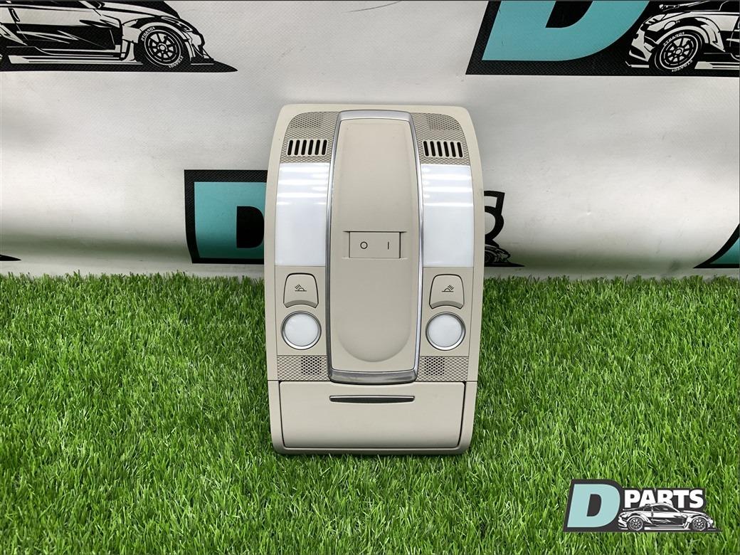 Плафон салонный Audi Q7 4L BAR 2006