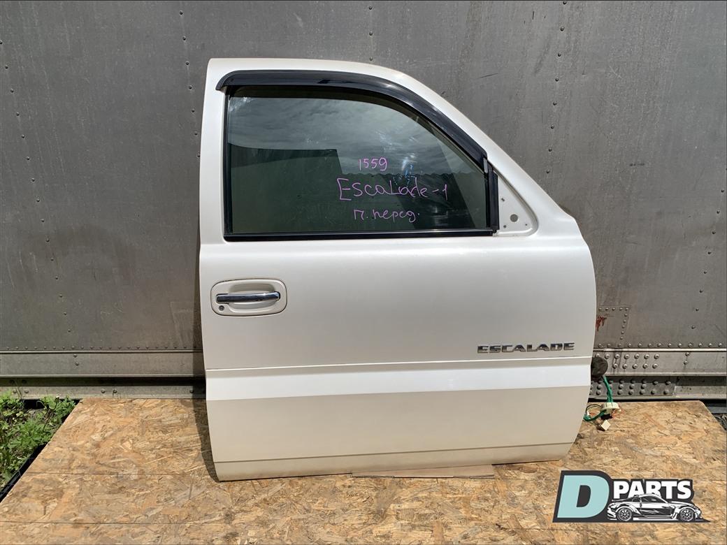 Дверь Cadillac Escalade GMT820 LQ9 передняя правая