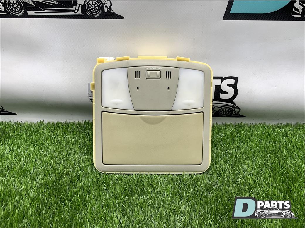 Плафон Nissan Skyline PV36