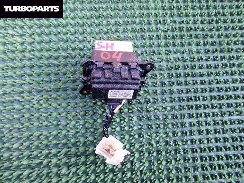 Резистор вентилятора охлаждения Subaru Forester SH5 EJ20 (б/у)
