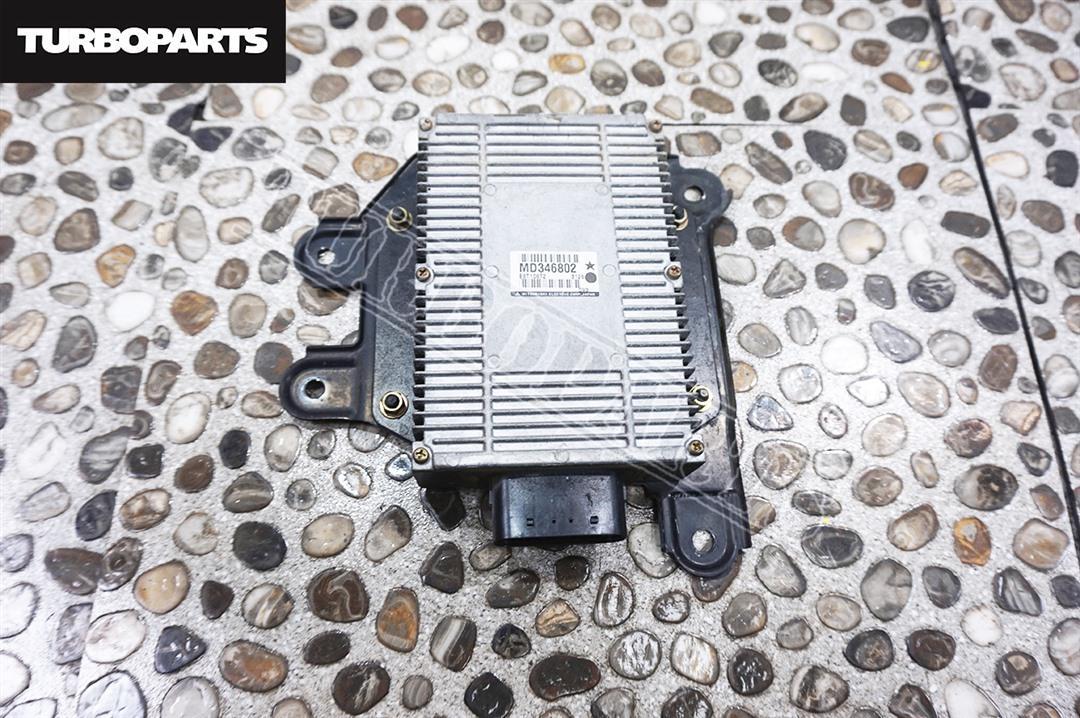 Блок управления форсунками Mitsubishi Pajero V25W 6G74 2004 (б/у)