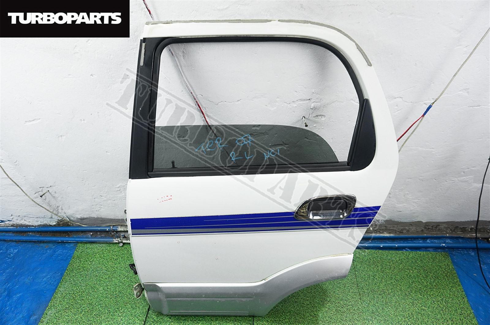 Дверь Daihatsu Terios J100G HCEJ задняя левая (б/у)
