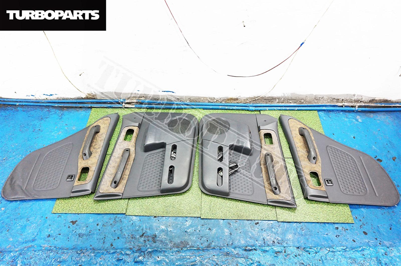 Обшивки дверей Toyota Rav4 SXA11 3SFE 1999 (б/у)