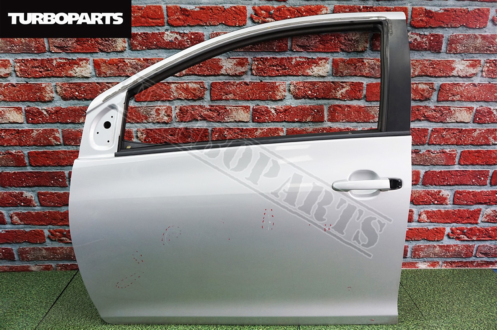 Дверь Toyota Belta SCP92 2SZFE 2008 передняя левая (б/у)