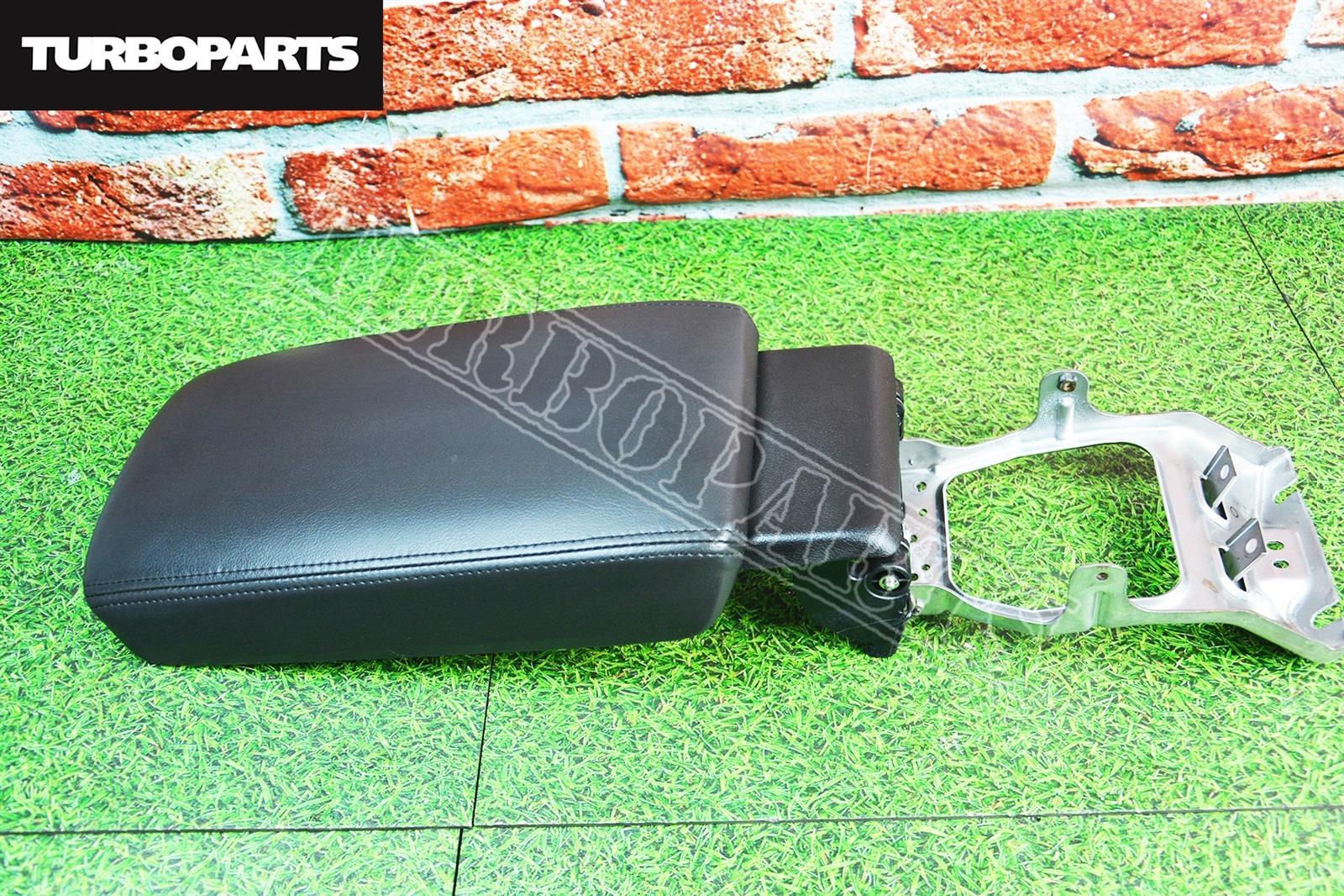 Подлокотник Honda Accord CU2 K24A (б/у)