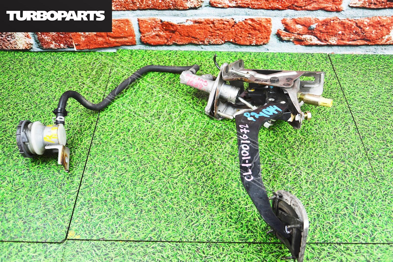 Педаль сцепления Honda Accord CF3 F18B (б/у)