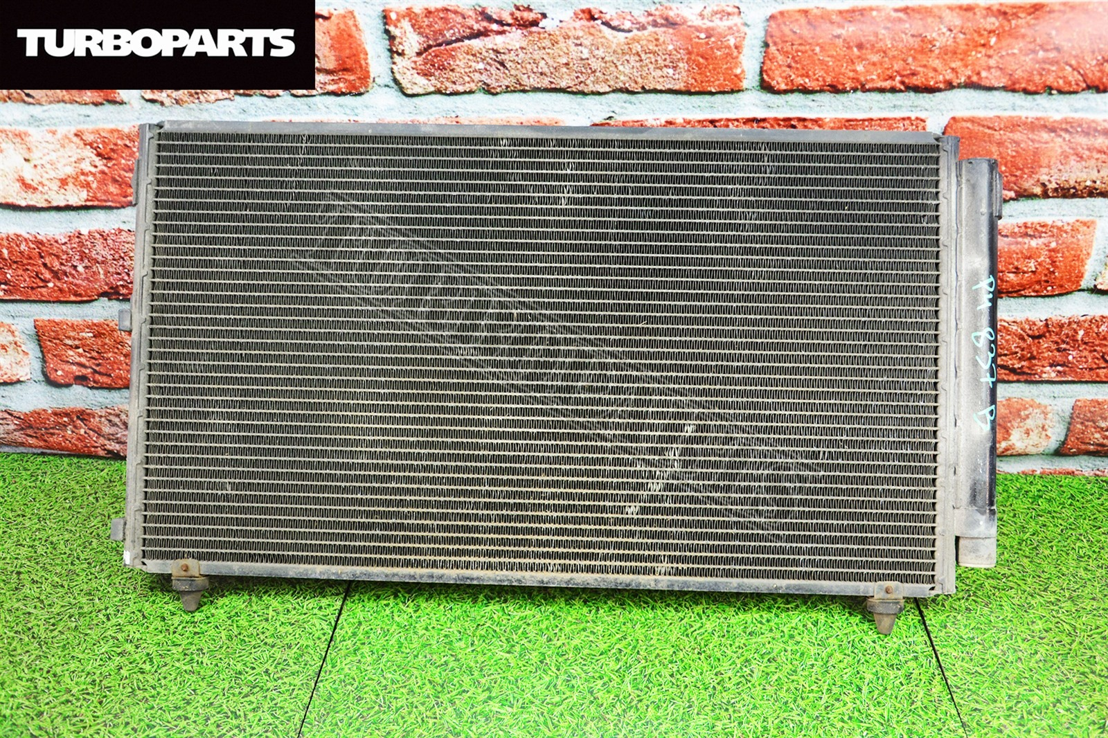 Радиатор кондиционера Toyota Altezza SXE10 1GFE (б/у)