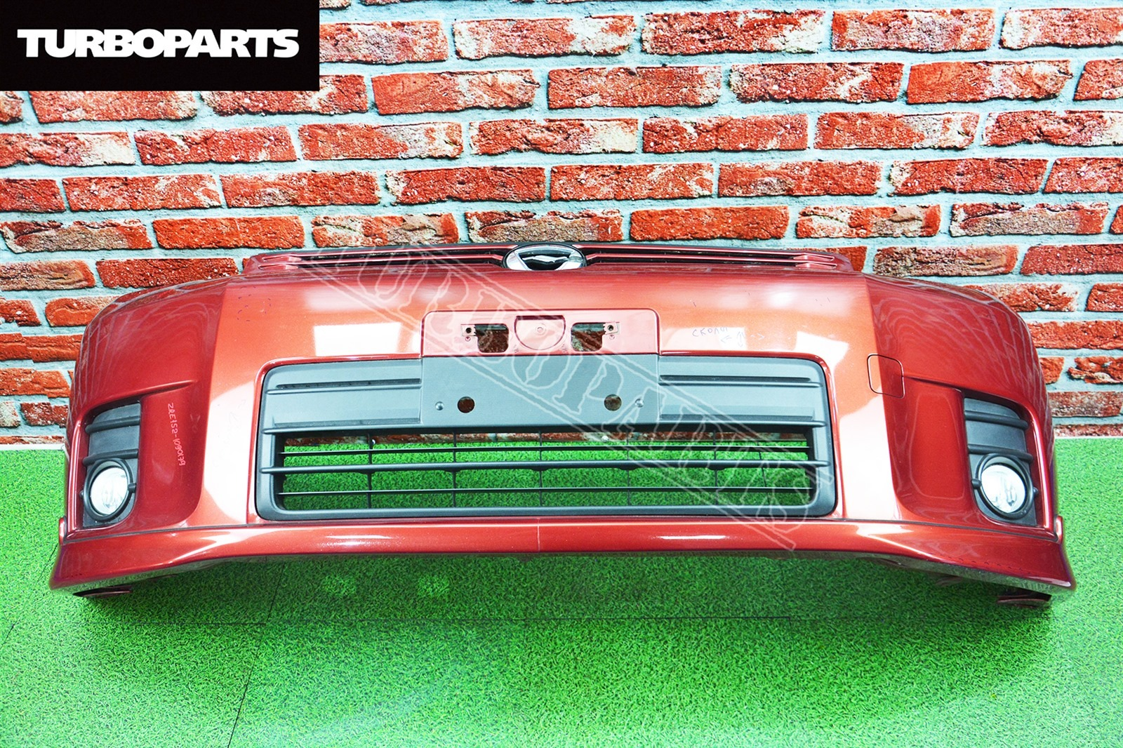 Бампер Toyota Corolla Rumion NZE151 1NZFE передний (б/у)