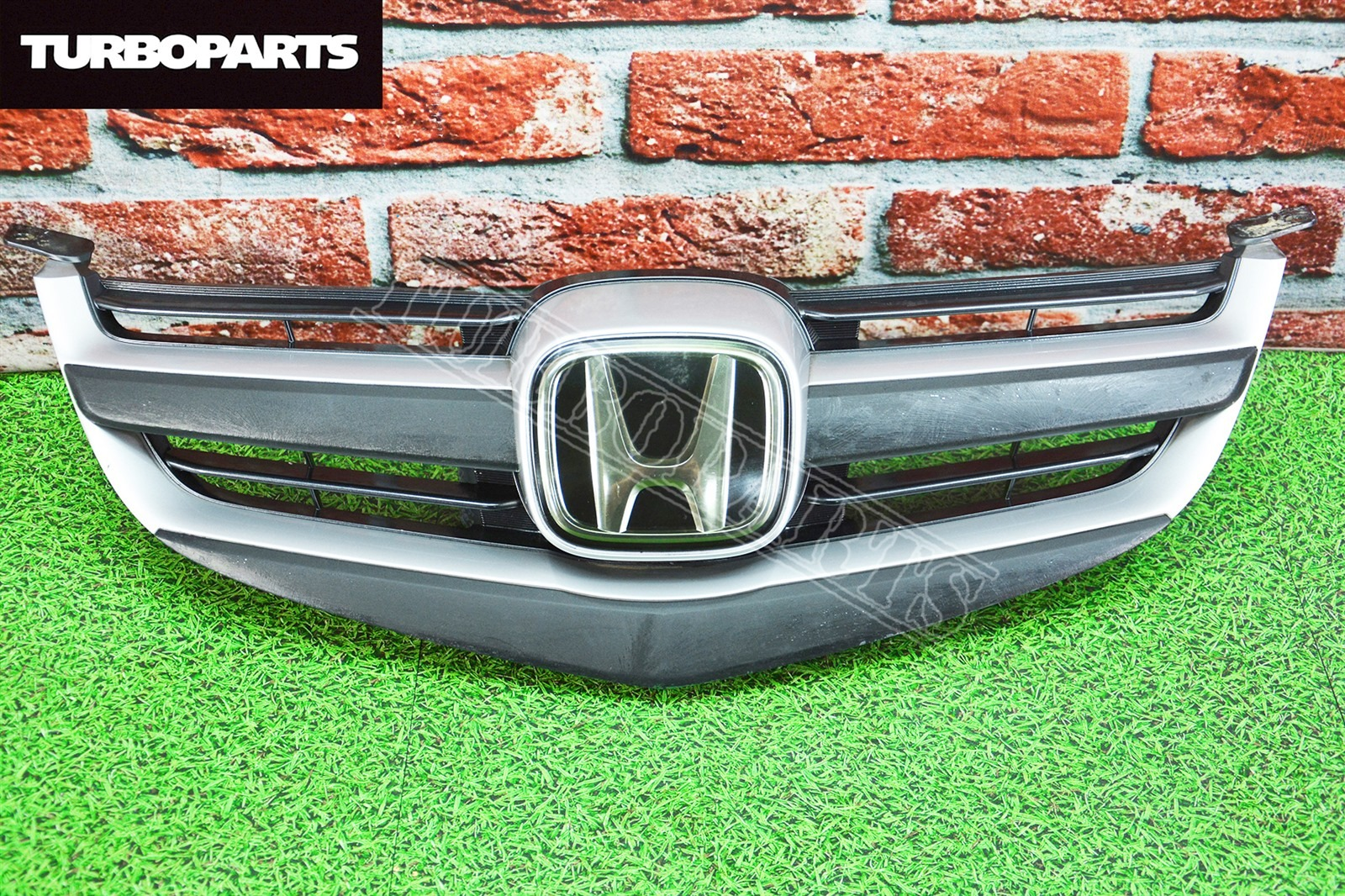 Решетка радиатора Honda Legend KB1 J35A (б/у)