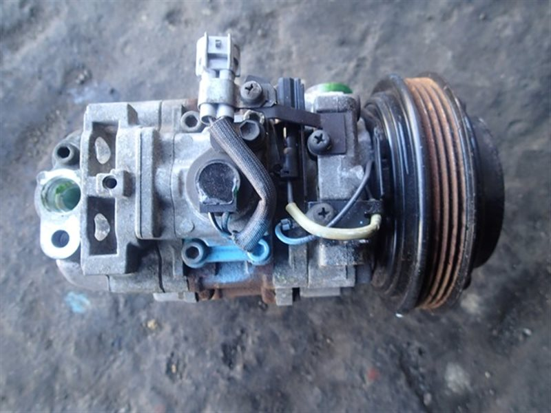 Компрессор кондиционера Subaru Legacy BG5 EJ20H (б/у)