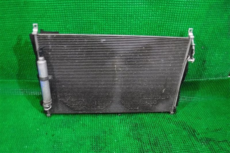 Радиатор кондиционера Nissan Fuga PNY50 (б/у)