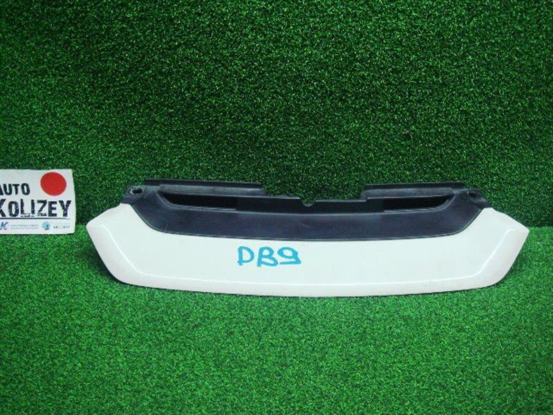 Решетка радиатора Honda Integra DB9 (б/у)