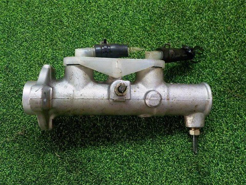 Главный тормозной цилиндр Mazda Bongo Brawny SK22M (б/у)