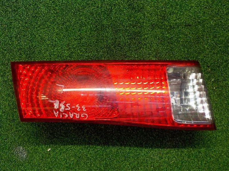 Вставка между стопов Toyota Camry Gracia SXV20 левая (б/у)
