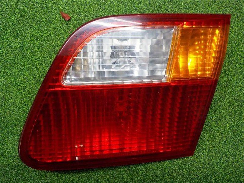 Вставка между стопов Honda Civic Ferio EK4 правая (б/у)