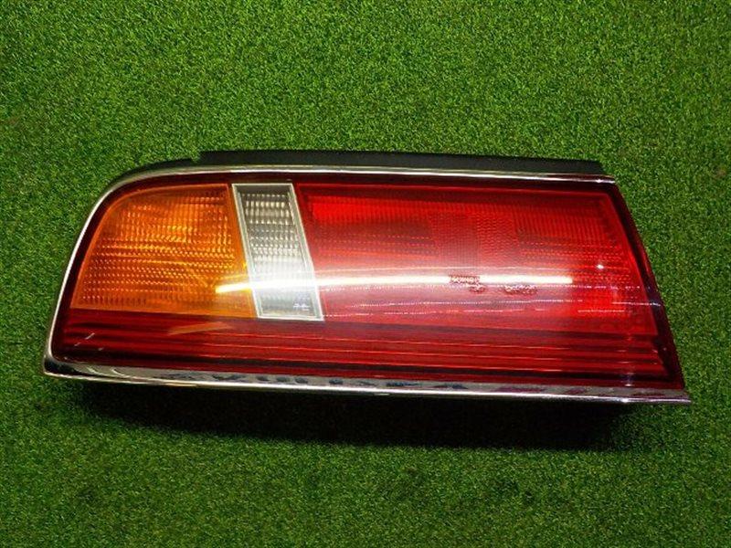 Стоп сигнал Nissan Laurel HC34 левый (б/у)