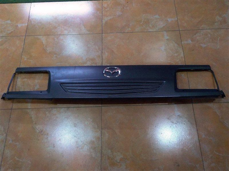 Решетка радиатора Mazda Bongo Brawny SK56M (б/у)