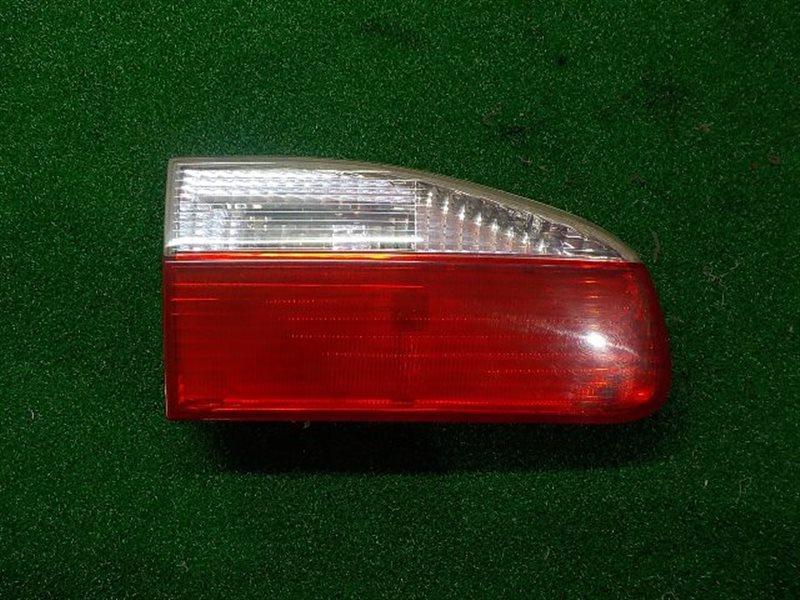 Вставка между стопов Toyota Lucida CXR20 левая (б/у)
