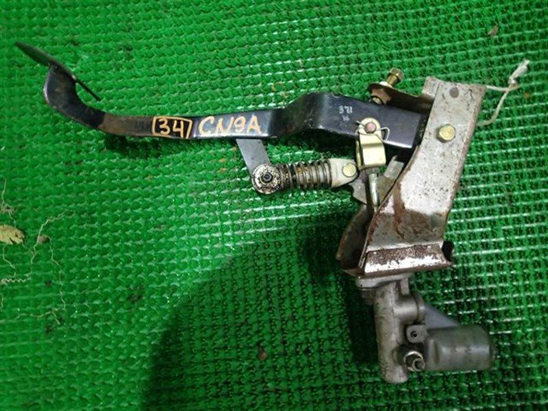 Педаль сцепления Mitsubishi Lancer Evolution CN9A (б/у)
