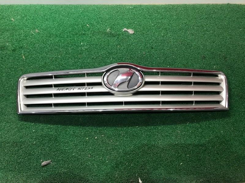 Решетка радиатора Toyota Avensis AZT255 (б/у)