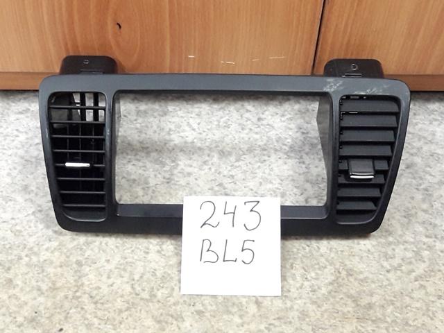 Консоль магнитофона Subaru Legacy BL5 (б/у)