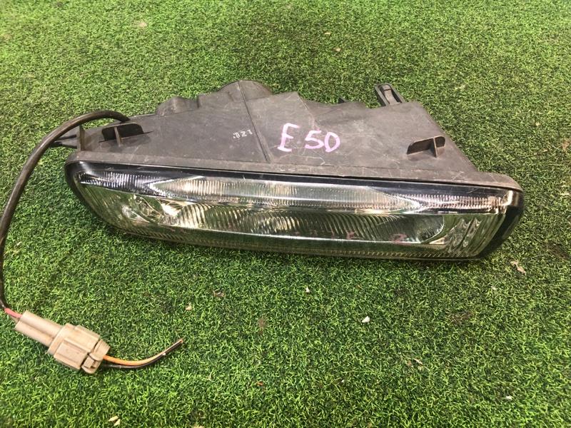 Туманка Nissan Elgrand E50 правая (б/у)
