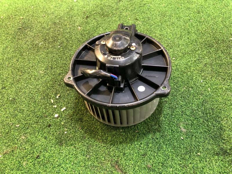 Мотор печки Toyota Opa ZCT15 (б/у)