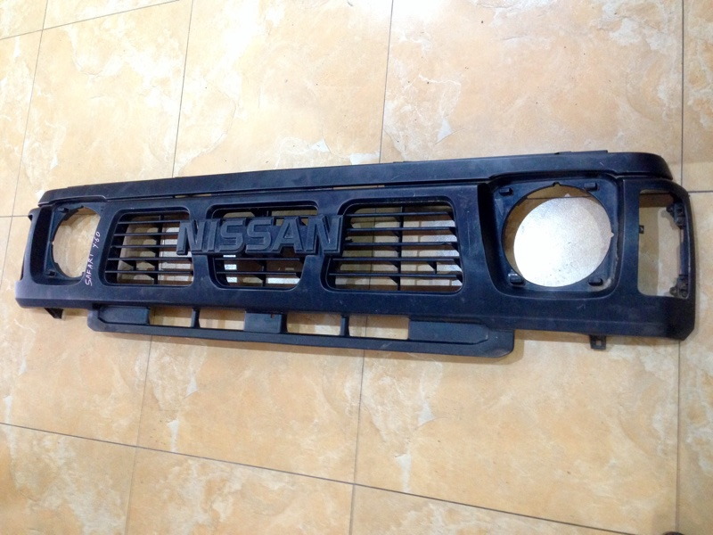 Решетка Nissan Safari Y60 (б/у)