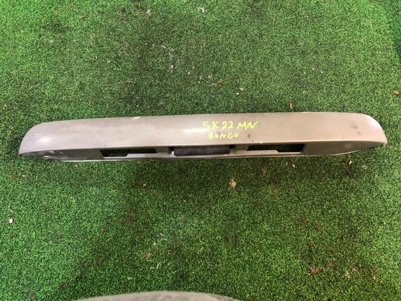 Ручка задней двери Mazda Bongo SK22MN (б/у)