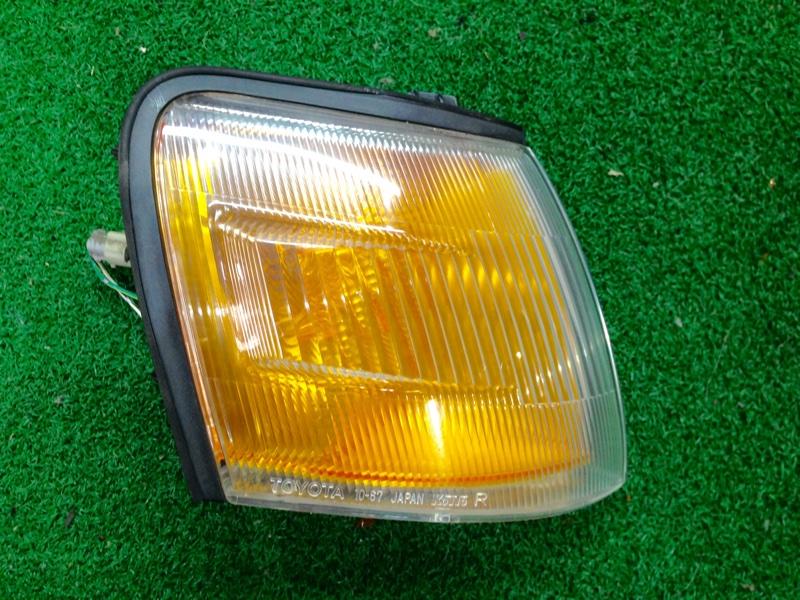 Габарит Toyota Starlet EP82 правый (б/у)