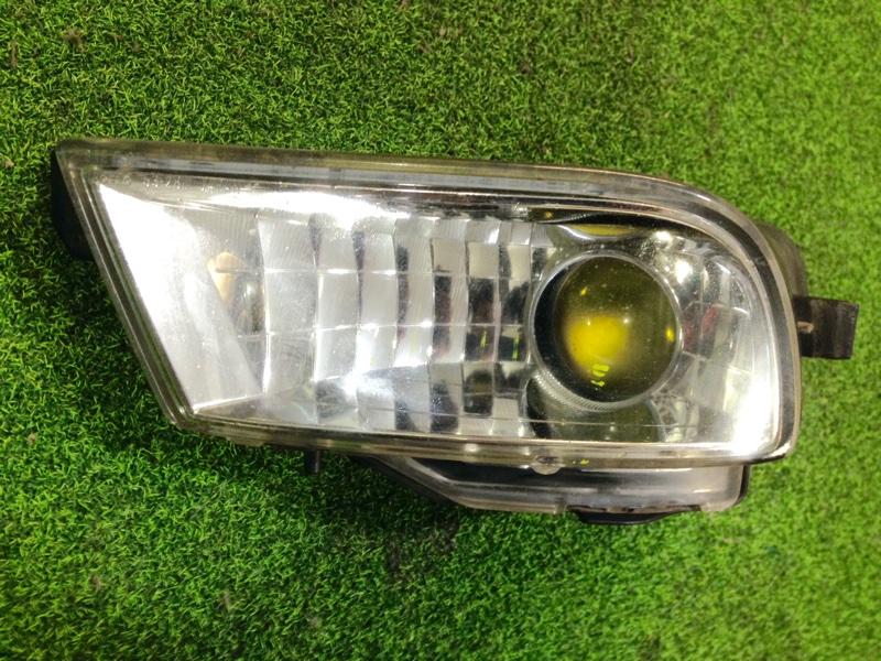 Туманка Toyota Altezza SXE10 левая (б/у)
