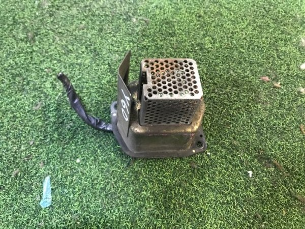 Реле вентилятора печки Nissan Safari Y60 (б/у)