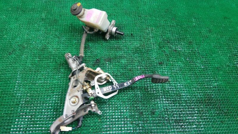 Педаль сцепления Toyota Probox NCP55 (б/у)