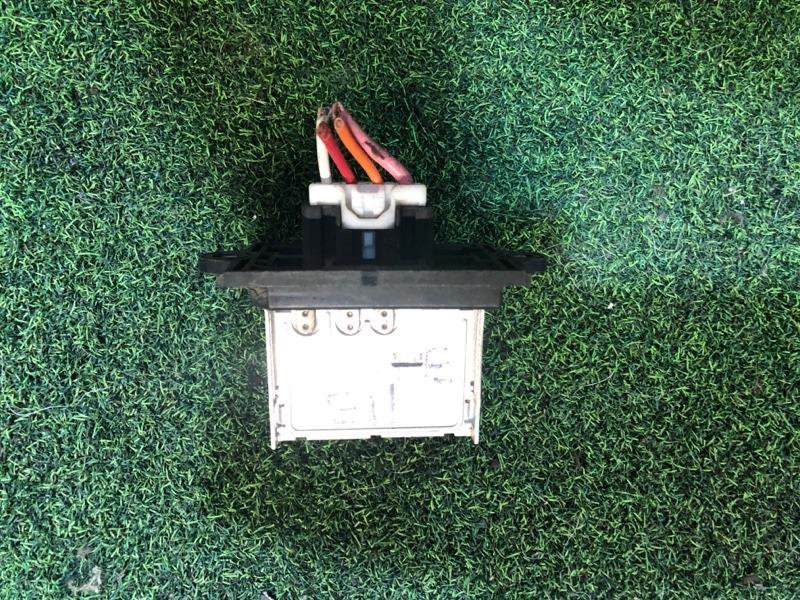 Реле вентилятора печки Nissan Note E11 (б/у)